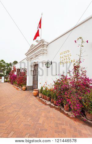 Larco Museum, Lima