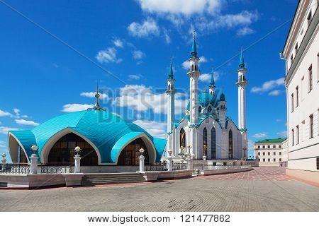 view of the Kul Sharif (Qolsherif Kol Sharif Qol Sharif Qolsarif) Mosque in Kazan Kremlin