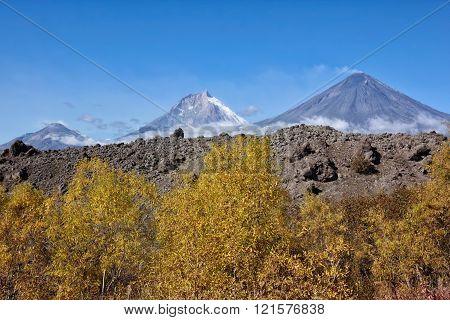 Volcanoes Bezymianny(2880m,active) Kamen(4585m) Klyuchevskoy(active4800m)