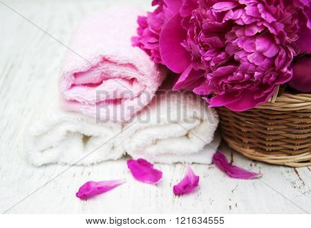 Peony Flowers With Massage Towels