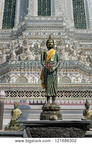 Buddha statue in the temple of Wat Arun