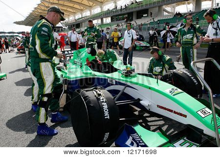 Sepang, MALAYSIA - 23 November: Team Ireland at the starting grid at the World A1 GP championship races held in Malaysia. 23 November 2008 in Sepang International Circuit Malaysia.