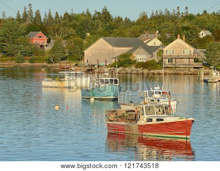 Tranquil fishing village in Maine near Acadia National Park