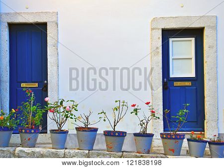 The typical portuguese house in Obidos village ** Note: Visible grain at 100%, best at smaller sizes