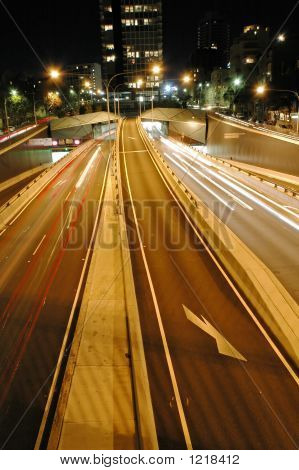 Night Tunnel Traffic