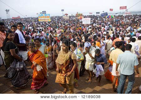 Kerala - August 9: Huge Crowds Gather To Commemorate Their Ancestors On August 9, 2010 In Kerala, In