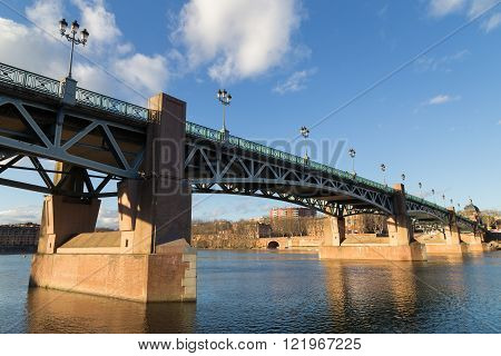 Garonne River and bridge Saint-Pierre in Toulouse, France