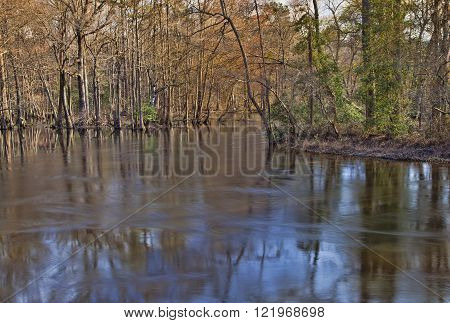 Lumber River rolling through North Carolina in the winter