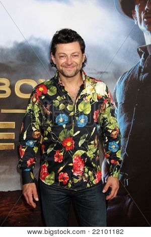 SAN DIEGO - JUL 23:  Andy Serkis arriving at the