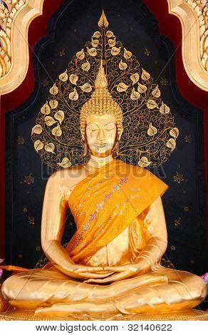 Thai Buddha Golden Statue, Wat Tham Khuha Sawan in Thailand