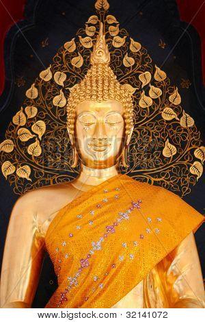 Buddha statue at Wat Tham Khuha Sawan