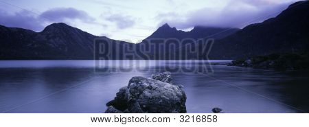 Dove Lake And Cradle Mountain Tasmania