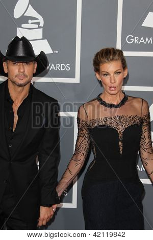 LOS ANGELES - FEB 10:  Tim McGraw, Faith Hill arrive at the 55th Annual Grammy Awards at the Staples Center on February 10, 2013 in Los Angeles, CA