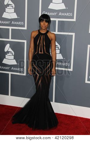 LOS ANGELES - FEB 10:  Kelly Rowland arrives at the 55th Annual Grammy Awards at the Staples Center on February 10, 2013 in Los Angeles, CA