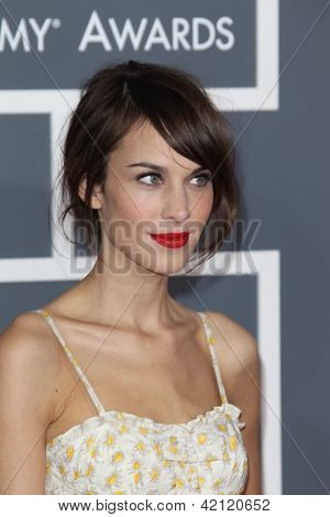 LOS ANGELES - FEB 10:  Alexa Chung arrives at the 55th Annual Grammy Awards at the Staples Center on February 10, 2013 in Los Angeles, CA