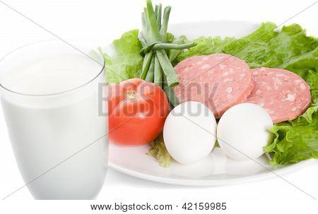 Bild von Glas Milch, Schinken, Tomate, Zwiebel, Eier