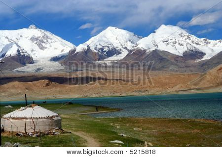 Yurt By The Lake