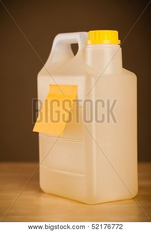 Gallon with empty sticky note