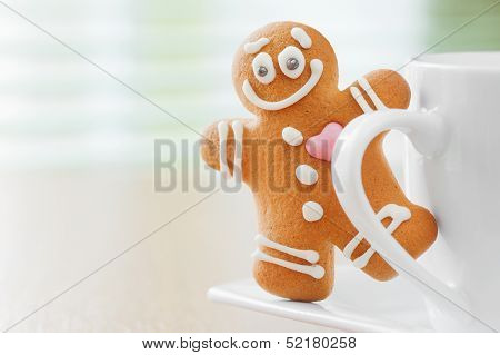 Funny Gingerbread Man Peeking Out Mugs