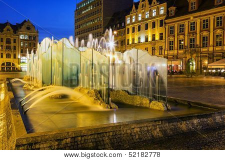 Modern Fountain, Old Market Square In Wroclaw
