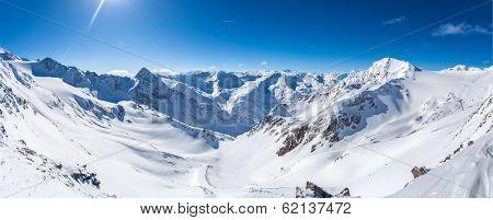 Snow mountain panorama, Stubaier Gletscher, Tyrol, Austria
