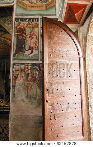 Clusone, Church