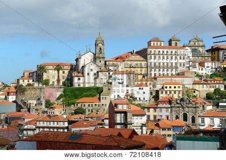 Igreja de Nossa Senhora da Vitoria, Porto Old City, Portugal