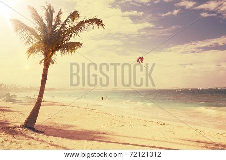Art  Beautiful Retro Seaside View  Background