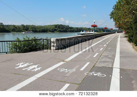 Bratislava Cycling Path