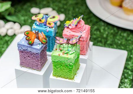 Color Full Cake