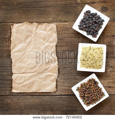 Roveja, Hemp Seeds And Black Chickpea