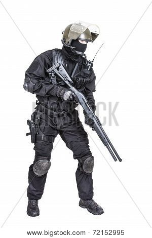 Spec ops soldier with shotgun