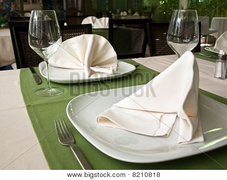 Decoration Of Restaurant Table