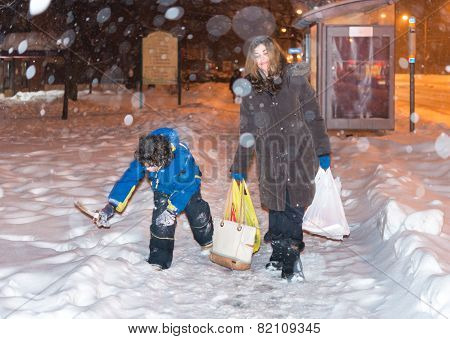 Everyday Life Of A Single Mother During Winter In Toronto