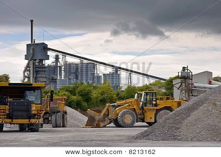 Heavy Large Industrial Stone Quarry Machinery
