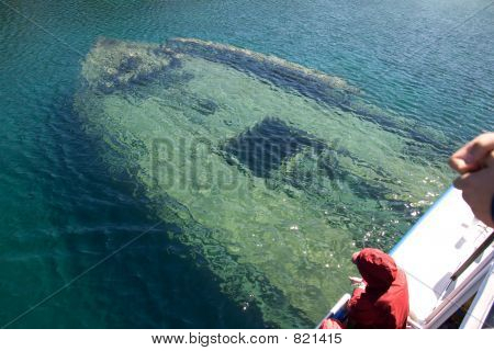 tobermory boat under water close