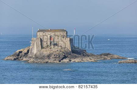 Fort On Petit Be Island