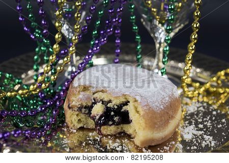 blueberry paczki with party beads