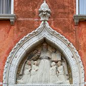 picture of building relief  - Architectural detail bas - JPG