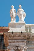 foto of vicenza  - Statues on the top of the Basilica palladiana the main monument of the town Vicenza - JPG