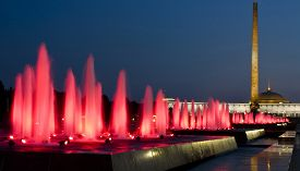 picture of prospectus  - Moscow coloured fountains and Historical museum of Second World War in cultural centre  - JPG