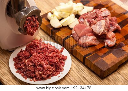 The Electric Meat Grinder, Forcemeat, Onions And The Cut Meat