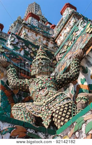 Decorative Figures On Stupa At Wat Arun