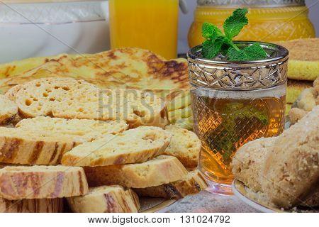 Bowl Of Moroccan Harira Soup,chebakia, Dates For Iftar