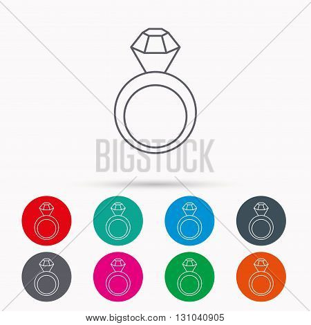 Engagement ring icon. Jewellery with diamond sign. Linear icons in circles on white background.