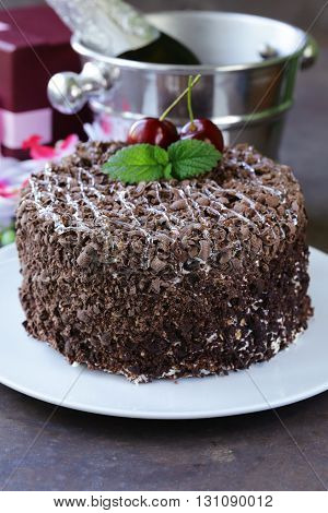 chocolate cake with fresh cherries (Black Forest, Schwarzwald)