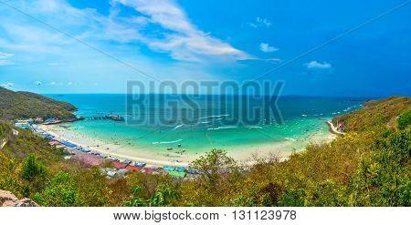see view at Ta-Yai Beach in koh larn at pattaya
