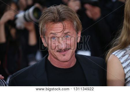 Sean Penn  attends 'The Last Face' Premiere during the 69th Cannes Film Festival at the Palais on May 20, 2016 in Cannes, France.