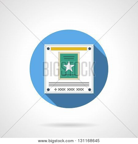Web poster with white star on green element. Website ads, shopping, cinema and media advertising. Internet advertisement. Round flat color style vector icon.