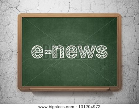 News concept: text E-news on Green chalkboard on grunge wall background, 3D rendering